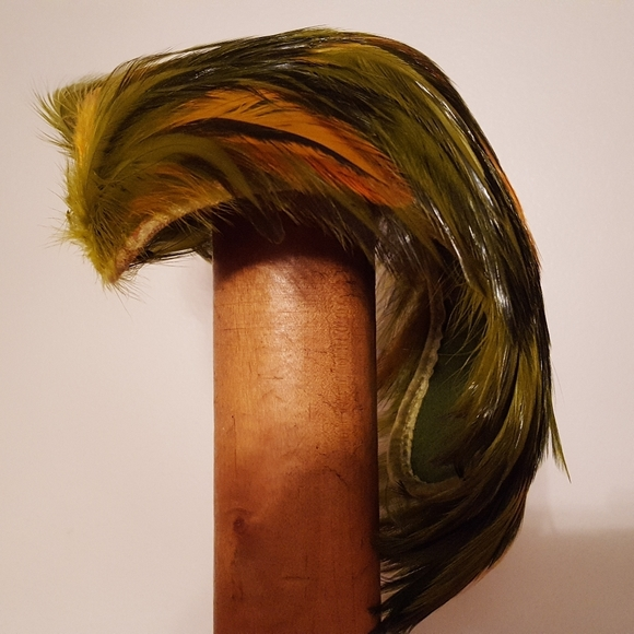 Accessories - Green and yellow feather fascinator